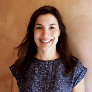 Portrait of Jenna Carl